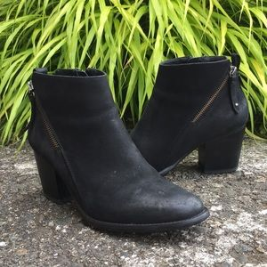Blonde Black Nubuck Waterproof Nivada Booties